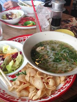 ベトナム料理東京都現代美術館カフェハイ
