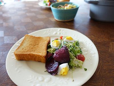 朝ごはんグルテンフリー玄米パン