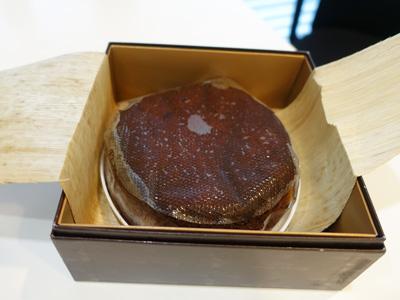 ケーニヒス クローネ栗チョコレートケーキ