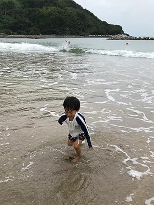子供の夏休み海